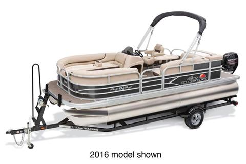 2017 Sun Tracker Party Barge 20 DLX in Harriman, Tennessee