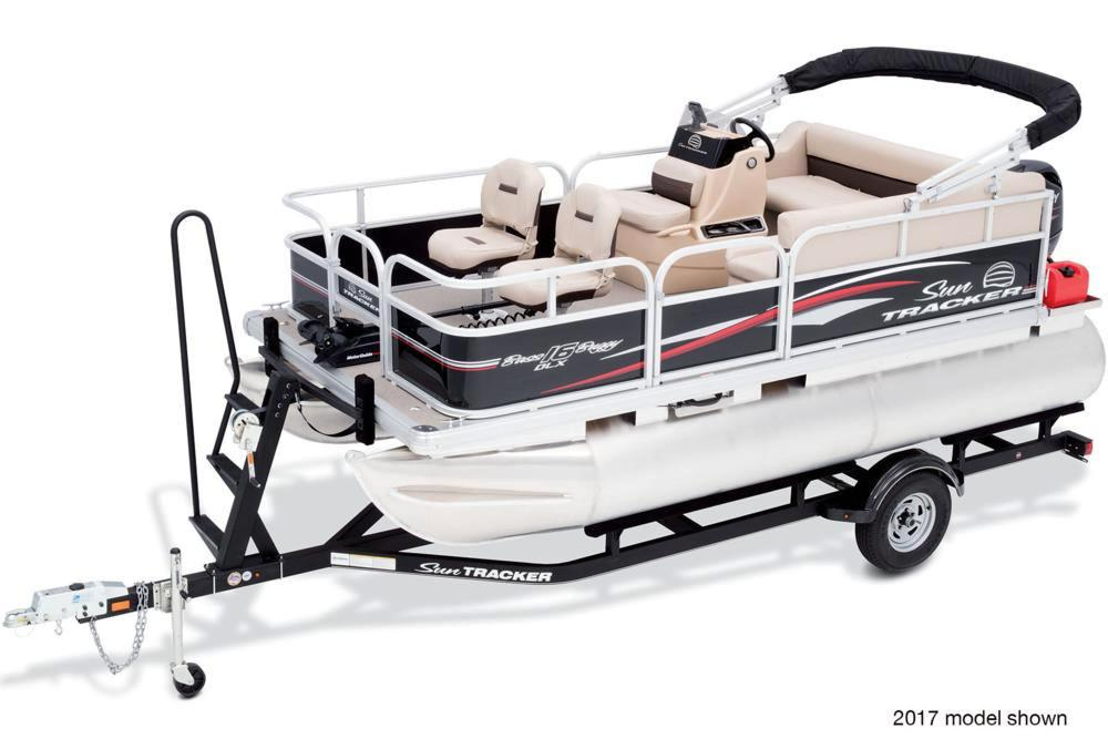 2018 Sun Tracker Bass Buggy 16 DLX in Holiday, Florida