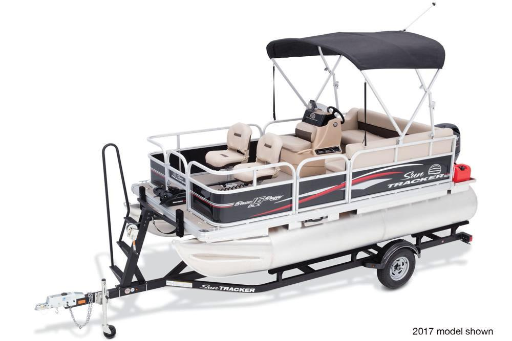 2018 Sun Tracker Bass Buggy 16 DLX in Waco, Texas