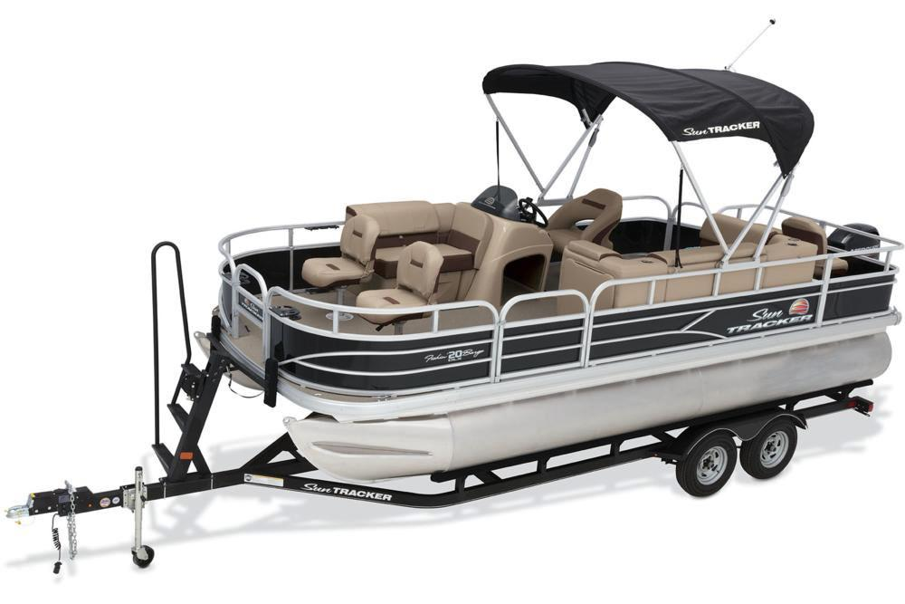 2018 Sun Tracker Fishin' Barge 20 DLX in Holiday, Florida