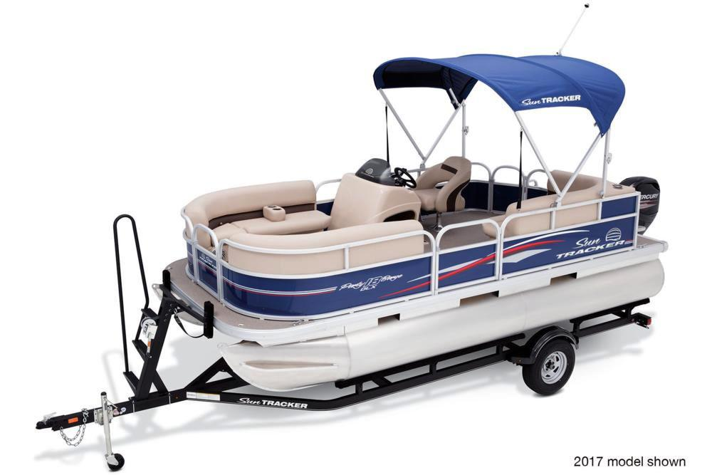 2018 Sun Tracker Party Barge 18 DLX in Waco, Texas