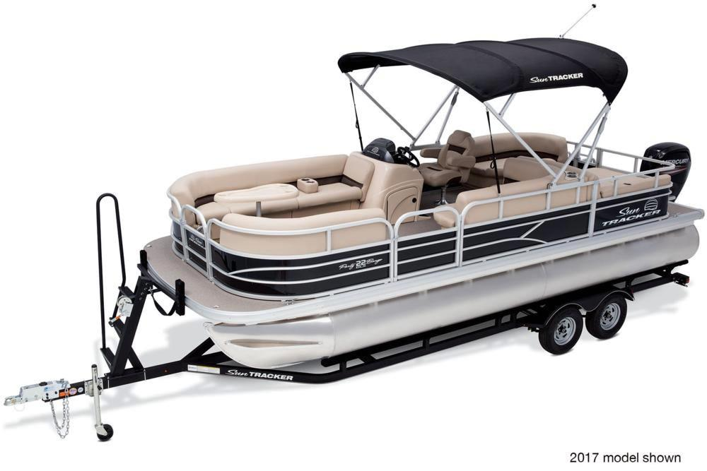 2018 Sun Tracker Party Barge 22 DLX in Waco, Texas