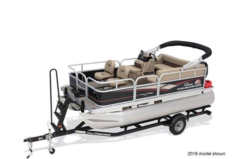 2019 Sun Tracker Bass Buggy 16 DLX in Appleton, Wisconsin