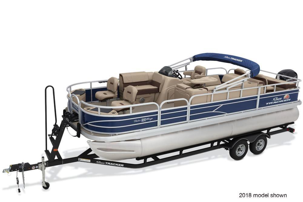 2019 Sun Tracker Fishin' Barge 22 DLX in Rapid City, South Dakota