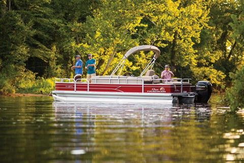 2019 Sun Tracker Fishin' Barge 24 DLX in Gaylord, Michigan - Photo 2