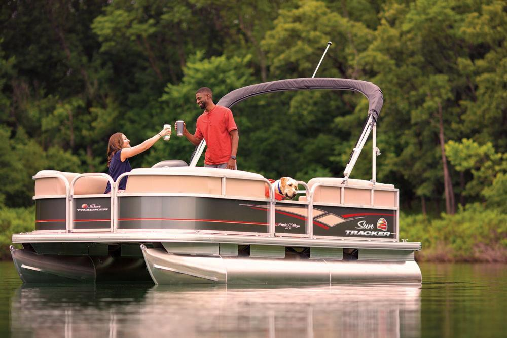 2019 Sun Tracker Party Barge 18 DLX in Gaylord, Michigan - Photo 5