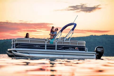 2019 Sun Tracker Party Barge 20 DLX in Waco, Texas - Photo 4