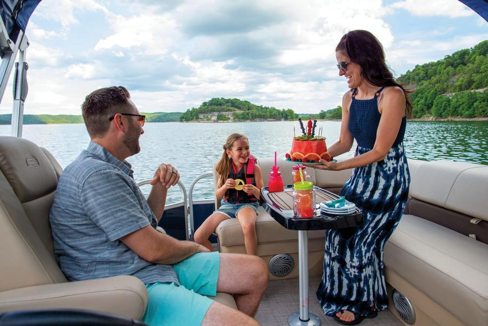 2019 Sun Tracker Party Barge 20 DLX in Waco, Texas - Photo 9