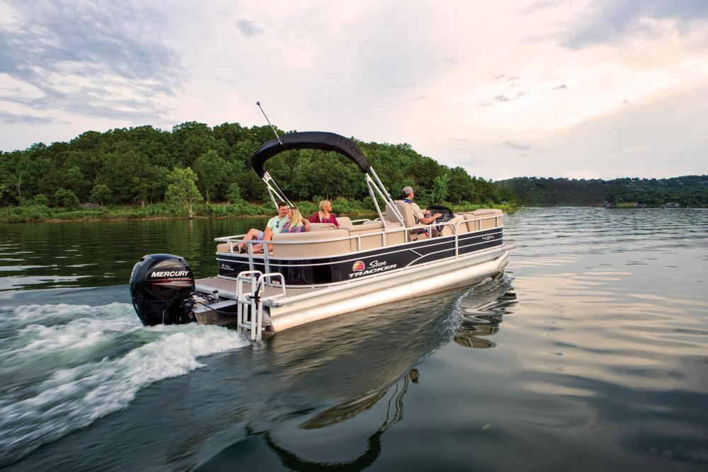 2019 Sun Tracker Party Barge 22 RF DLX in Gaylord, Michigan - Photo 5