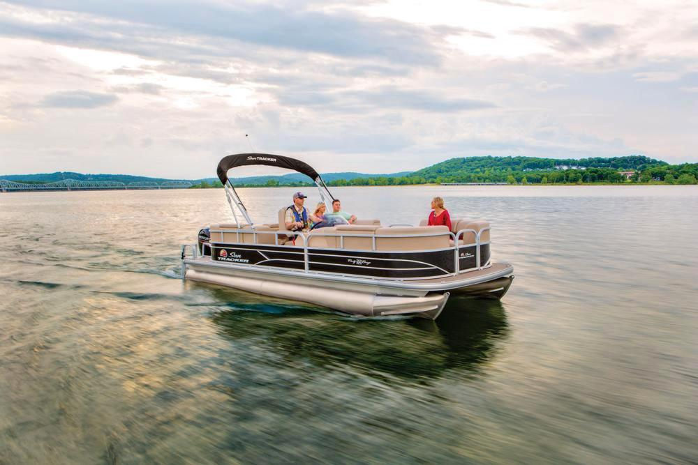 2019 Sun Tracker Party Barge 22 RF DLX in Gaylord, Michigan - Photo 6