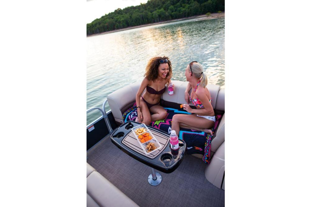 2019 Sun Tracker Party Barge 22 RF XP3 in Waco, Texas - Photo 20
