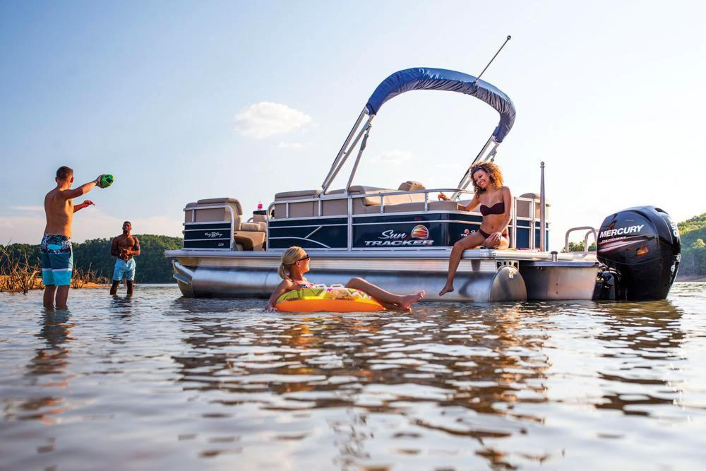 2019 Sun Tracker Party Barge 22 RF XP3 in Waco, Texas - Photo 3