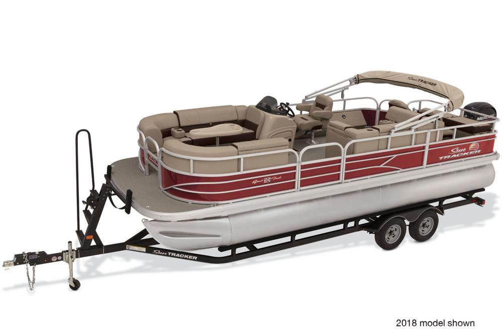 2019 Sun Tracker SportFish 22 DLX in Rapid City, South Dakota