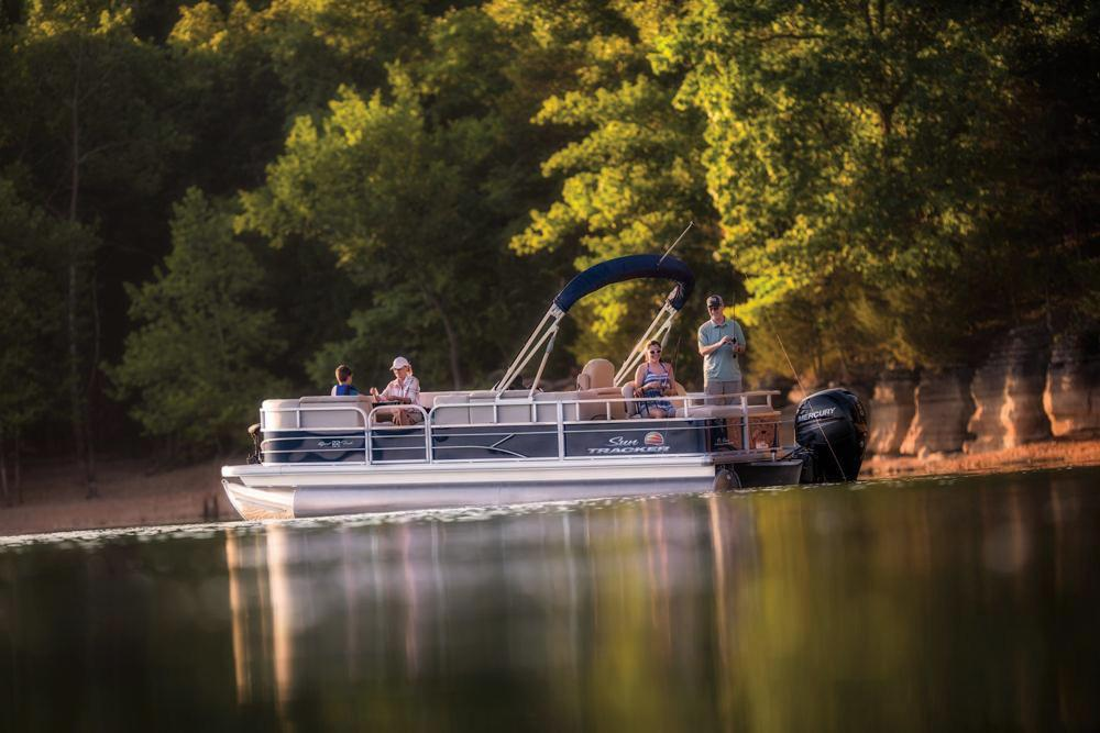 2019 Sun Tracker SportFish 22 DLX in Waco, Texas - Photo 3