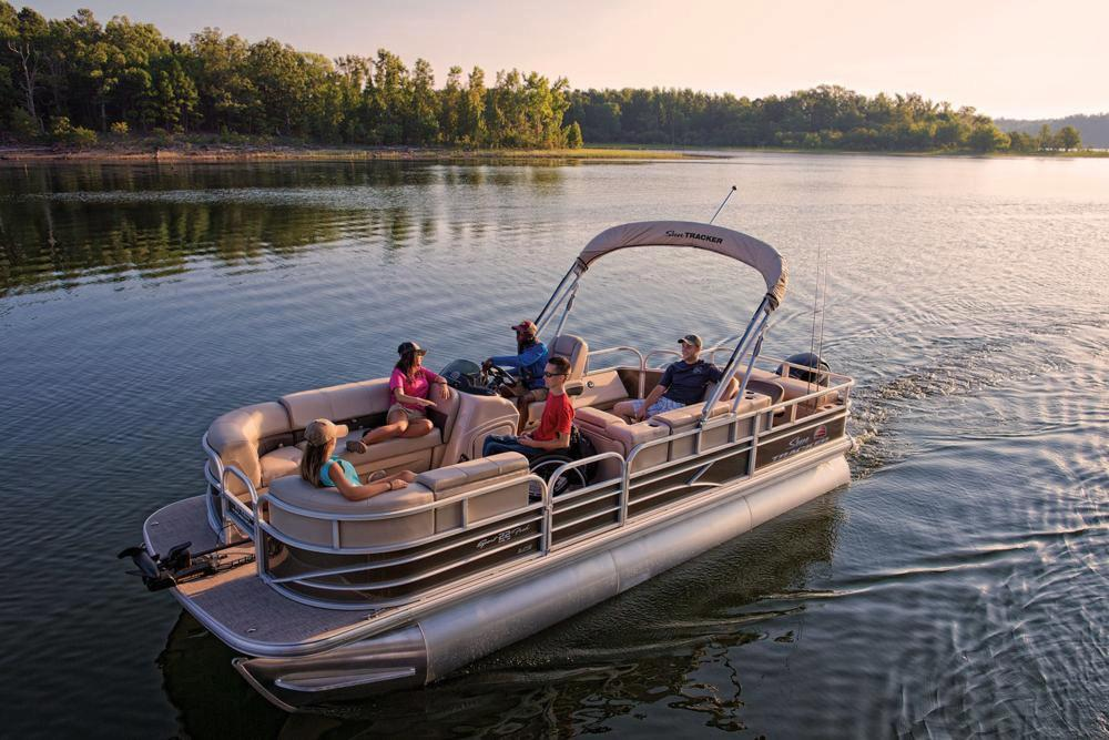 2019 Sun Tracker SportFish 22 XP3 in Appleton, Wisconsin