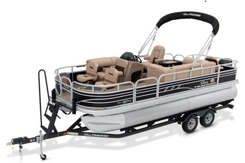 2020 Sun Tracker Fishin' Barge 20 DLX in Appleton, Wisconsin