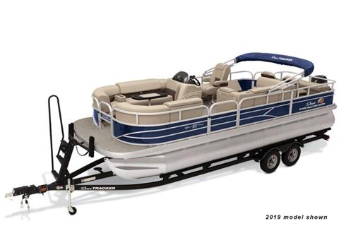 2020 Sun Tracker SportFish 22 DLX in Appleton, Wisconsin