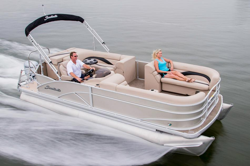 2015 Sweetwater Premium Edition 200 in Kalamazoo, Michigan