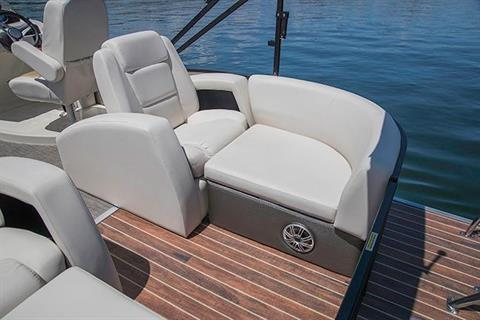 2017 Sweetwater Premium Edition 255 SR in Kalamazoo, Michigan