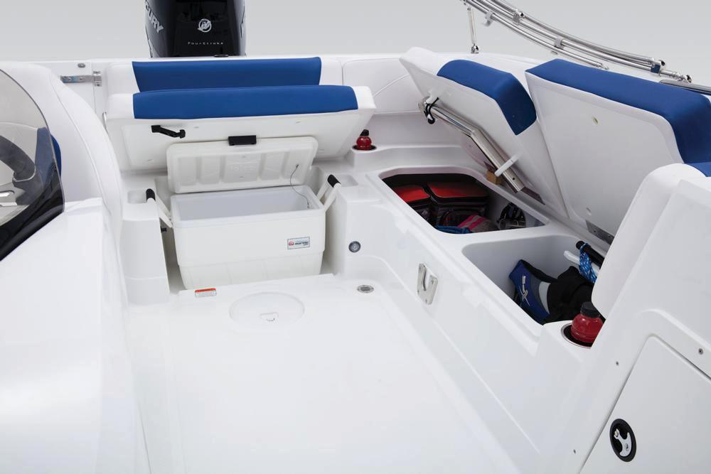 New 2018 Tahoe 2150 Power Boats Outboard in Gaylord, MI