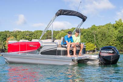 2018 Tahoe Pontoon LT Cruise Rear Bench - 20' in Osage Beach, Missouri