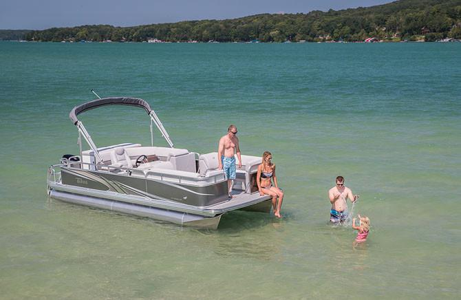 2018 Tahoe Pontoon Sport Cruise - 16' in Osage Beach, Missouri