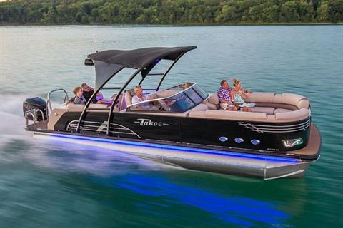 2018 Tahoe Pontoon Vision Elite Windshield - 25' in Osage Beach, Missouri