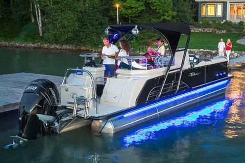 2018 Tahoe Pontoon Vision Entertainer - 27' in Osage Beach, Missouri
