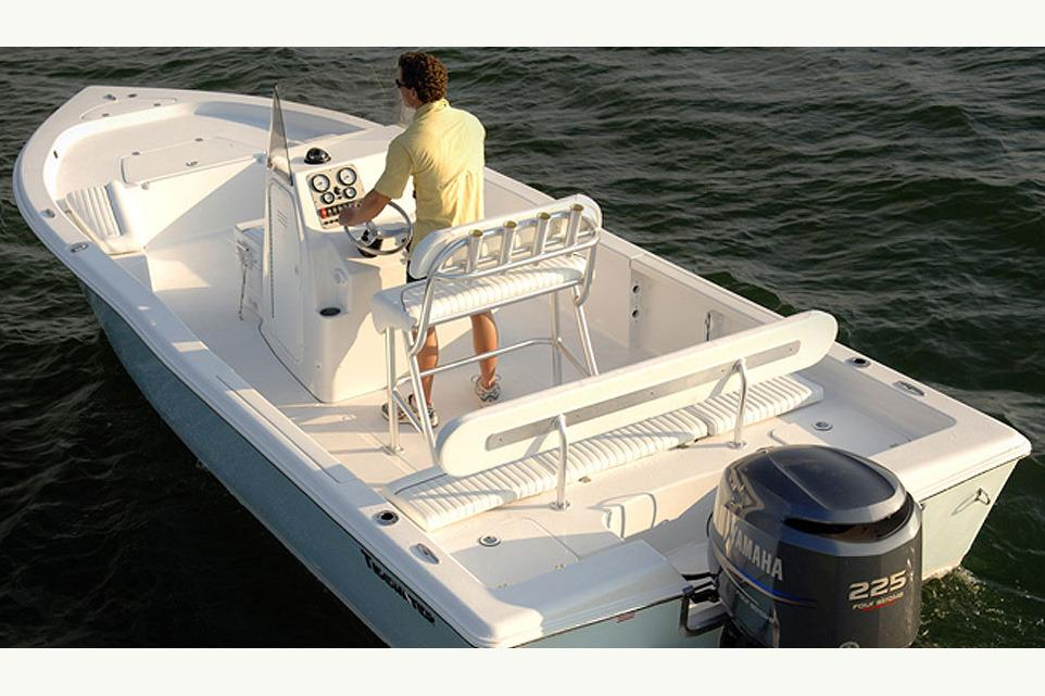 2017 Tidewater 2400 Bay Max in Mead, Oklahoma