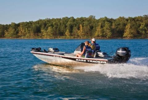2011 Tracker Pro Angler 16 in Greenwood, Mississippi