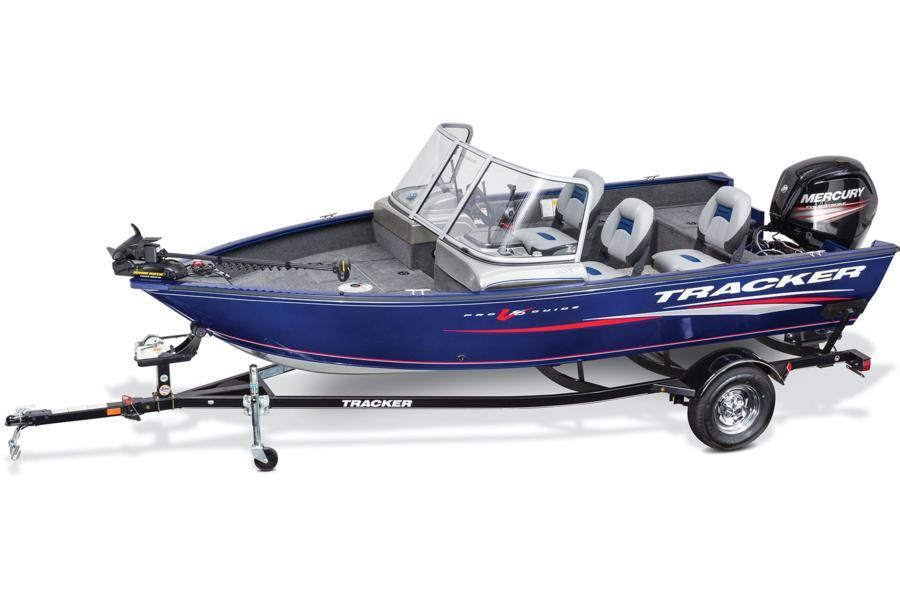 2016 Tracker Pro Guide V-16 WT in Appleton, Wisconsin