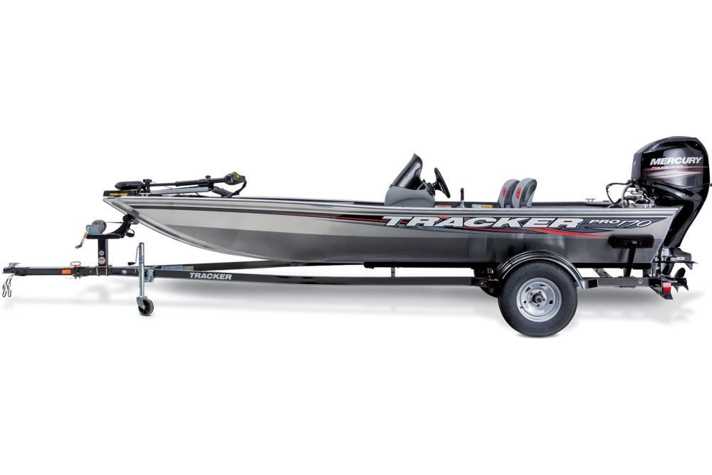 2016 Tracker Pro 170 in Appleton, Wisconsin