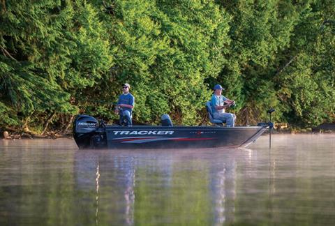 2016 Tracker Pro Guide V-16 T in Appleton, Wisconsin
