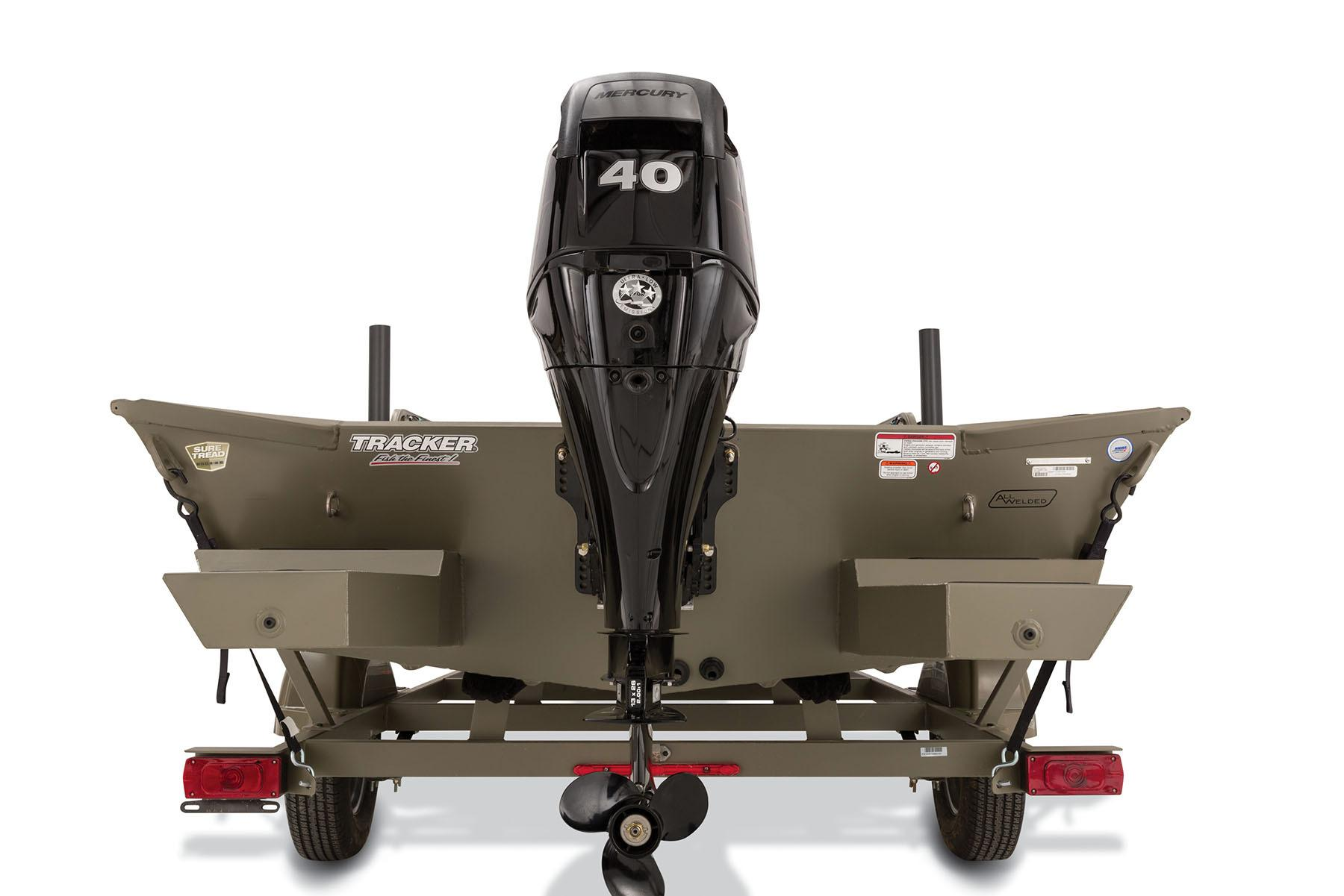 2016 Tracker Grizzly 1760 MVX Sportsman in Appleton, Wisconsin
