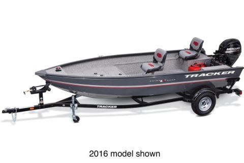2017 Tracker Guide V-16 Laker DLX T in Harriman, Tennessee
