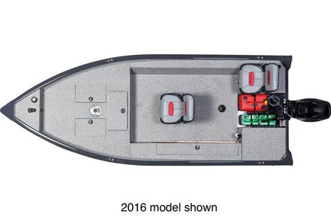 2017 Tracker Guide V-16 Laker DLX T in Holiday, Florida