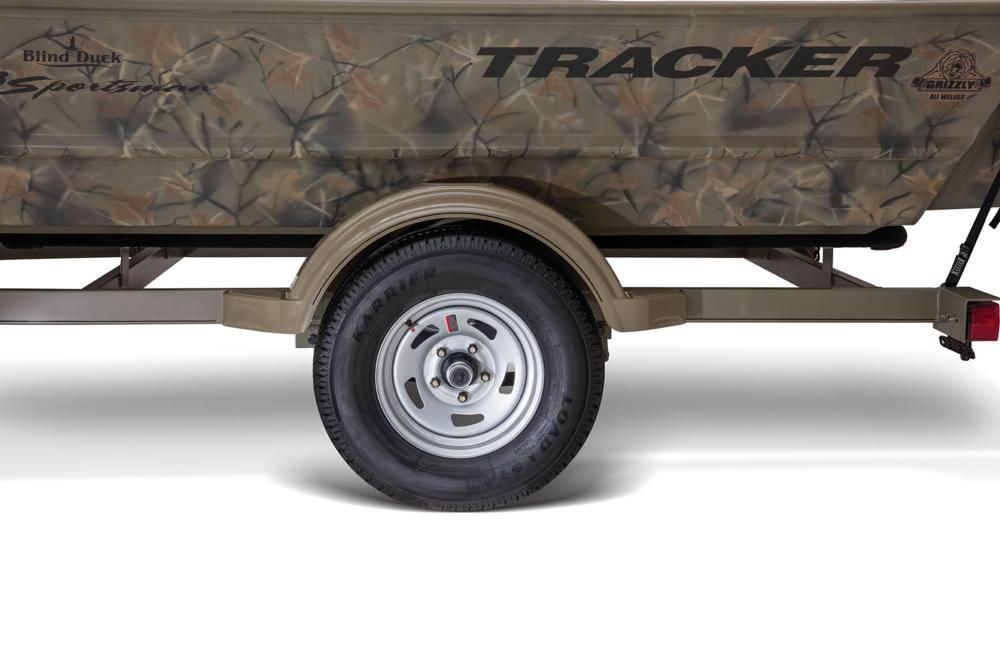 2017 Tracker Grizzly 1548 MVX Sportsman in Holiday, Florida