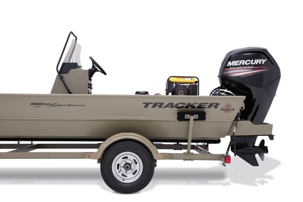 2017 Tracker Grizzly 1860 MVX CC Sportsman in Gaylord, Michigan