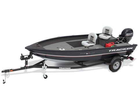 2018 Tracker Guide V-16 Laker DLX T in Appleton, Wisconsin