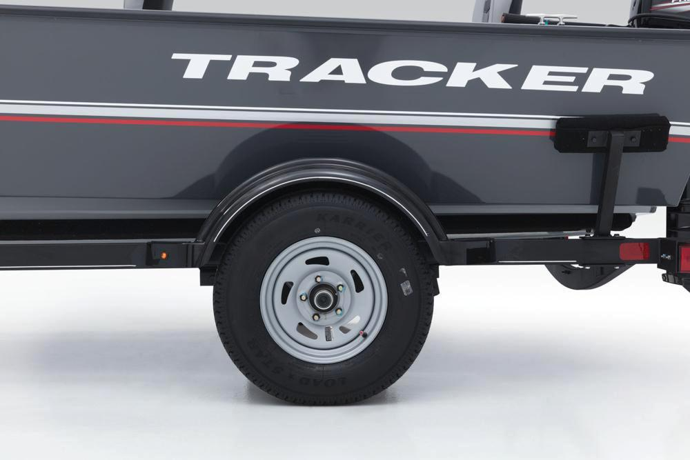 2019 Tracker Guide V-16 Laker DLX T in Appleton, Wisconsin - Photo 12