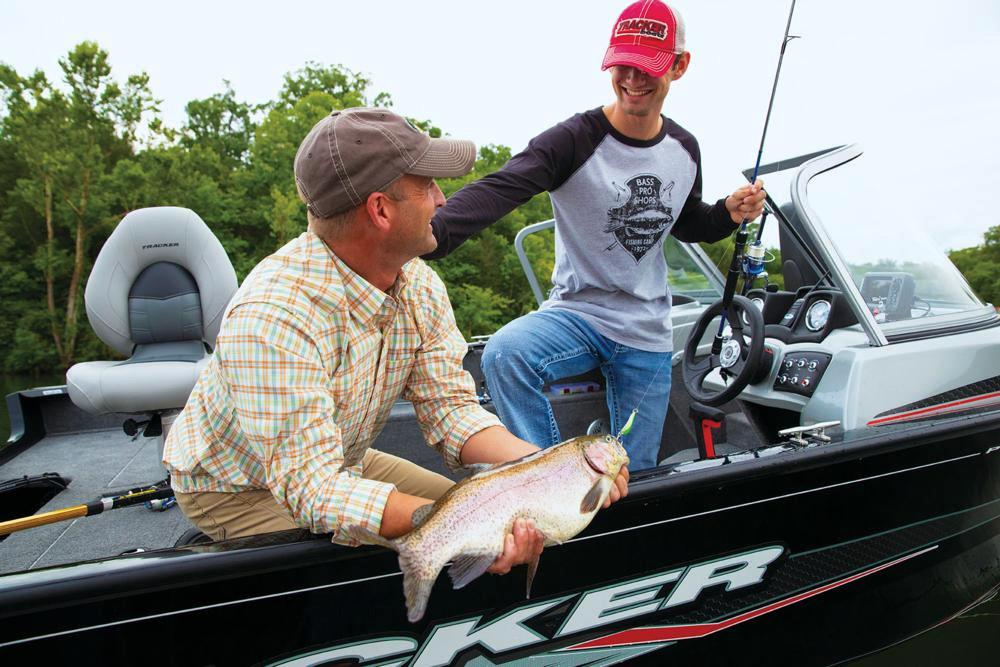 2019 Tracker Pro Guide V-165 WT in Waco, Texas - Photo 40