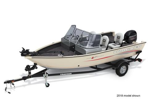 2019 Tracker Pro Guide V-16 WT in Appleton, Wisconsin