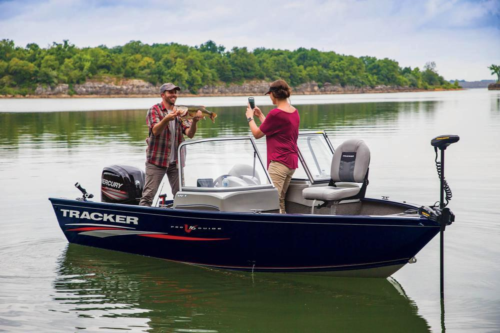 2019 Tracker Pro Guide V-16 WT in Gaylord, Michigan - Photo 6