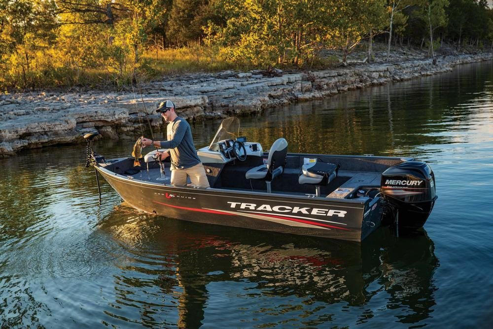 2019 Tracker Pro Guide V-16 SC in Appleton, Wisconsin - Photo 2