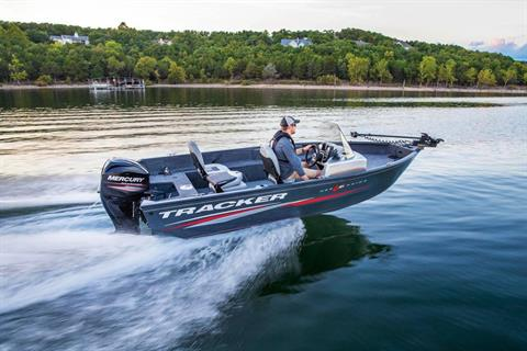2019 Tracker Pro Guide V-16 SC in Appleton, Wisconsin - Photo 5
