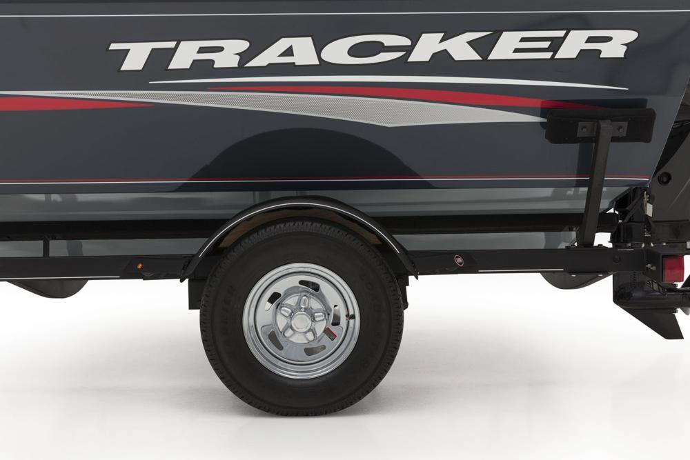 2019 Tracker Pro Guide V-16 SC in Appleton, Wisconsin - Photo 12