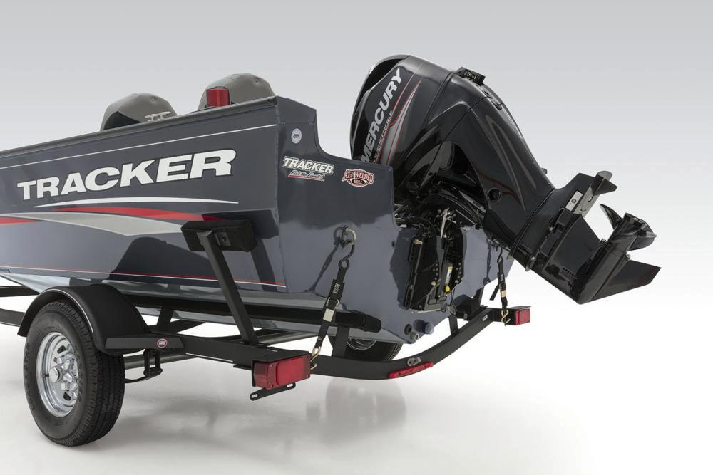 2019 Tracker Pro Guide V-16 SC in Appleton, Wisconsin - Photo 28