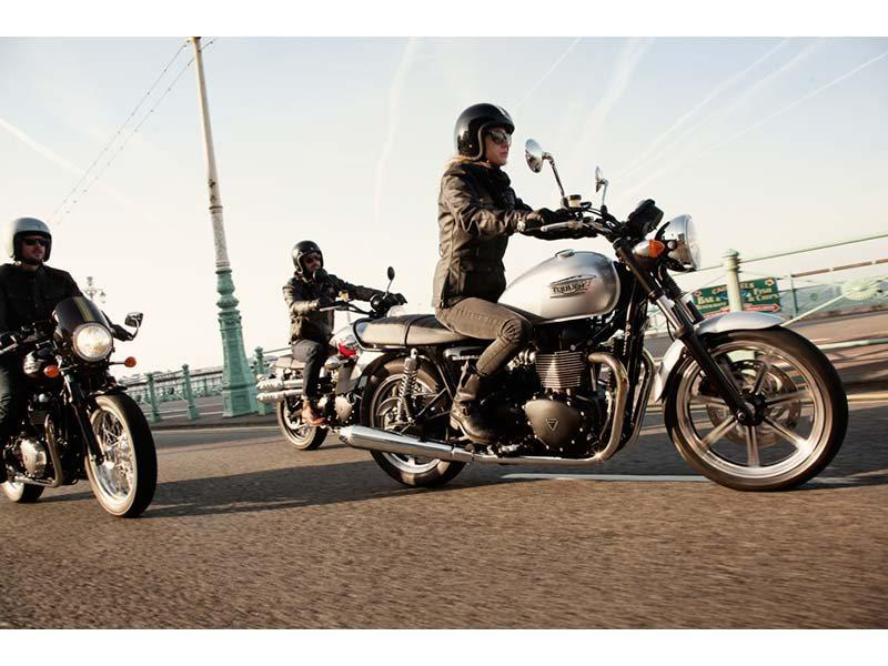2014 Triumph Bonneville in Eden Prairie, Minnesota - Photo 3