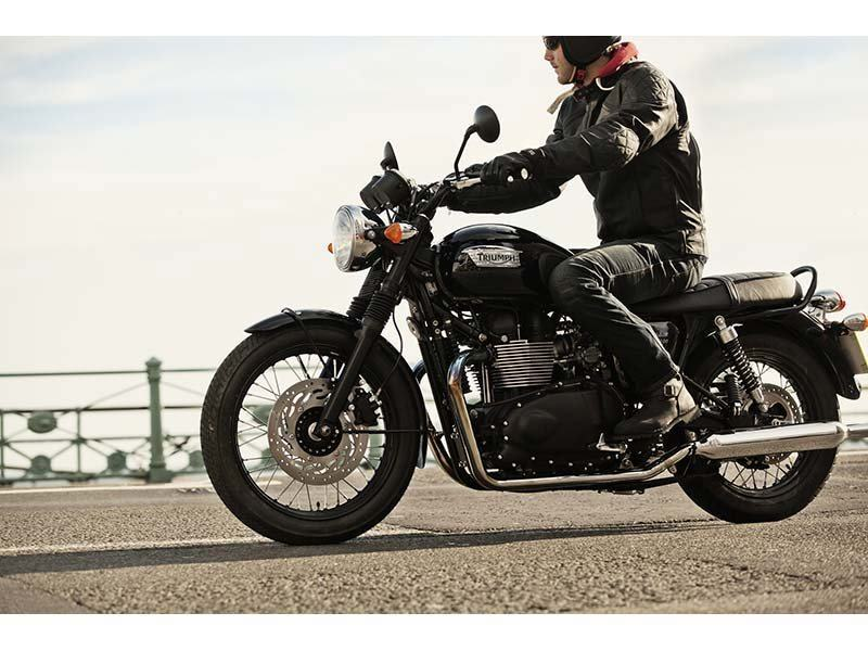 2014 Triumph Bonneville T100 Black in Cleveland, Ohio - Photo 5