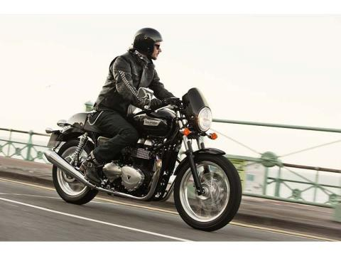 2014 Triumph Thruxton in Goshen, New York - Photo 2
